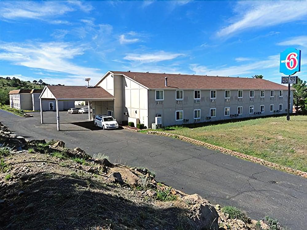 Motel 6 Silver City