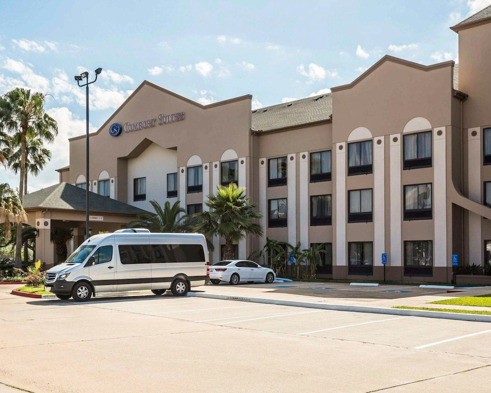 Comfort Suites Stafford Near Sugarland