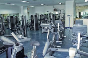Century Park Hotel Manila Fitness Facility