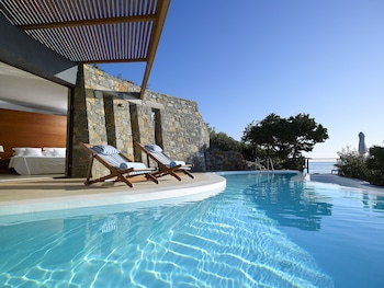 聖尼古拉斯灣度假別墅飯店