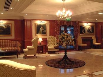 Photo for The Barn Hotel in Ruislip