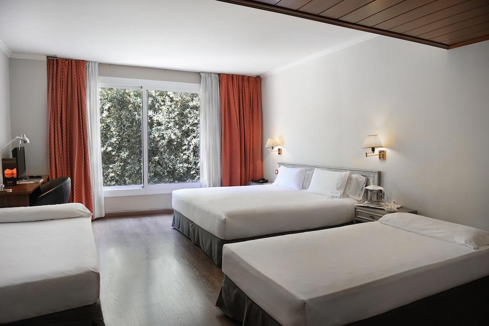 Arenas Atiram Hotel