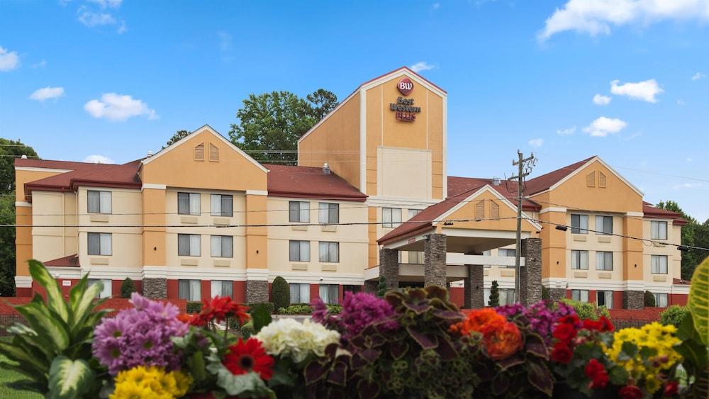 Best Western Plus Huntersville Inn & Suites Near Lake Norman