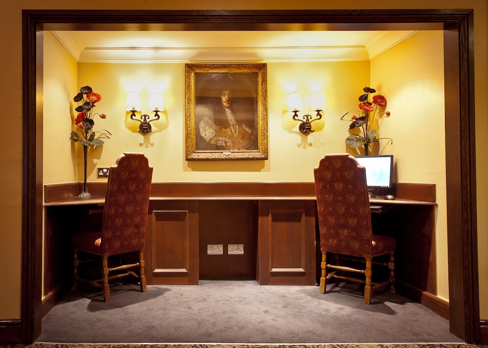 The Bull Hotel, Sure Hotel Collection by Best Western