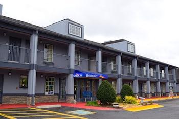 Baymont Inn and Suites Warner Robins, GA