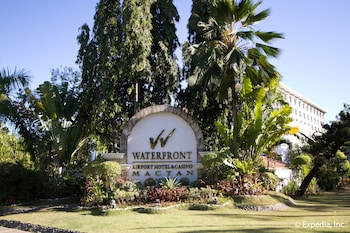 Waterfront Airport Hotel Cebu Hotel Front