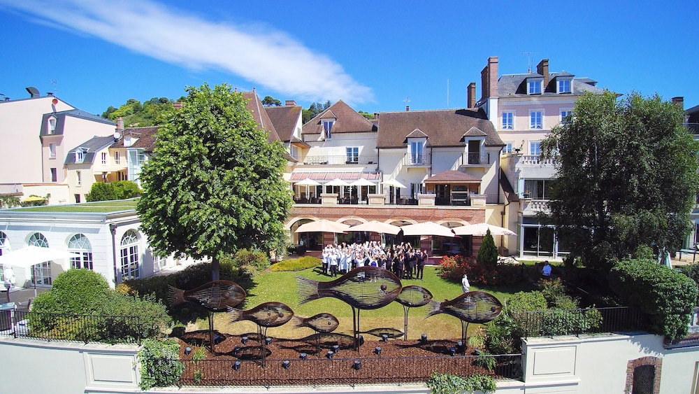 La Côte Saint Jacques And Spa