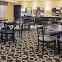 Holiday Inn Express Hotel & Suites Pekin (Peoria Area) photo 27/41