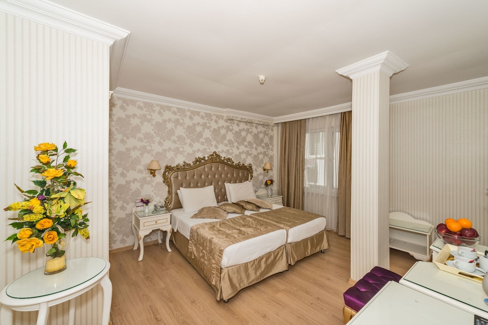 Ottoman hotel imperial special class istanbul inr for Santa ottoman hotel
