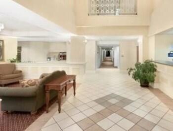 Days Inn & Suites Pocahontas - Lobby  - #0