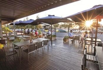 Photo for Comfort Inn Haven Marina in Glenelg North, South Australia