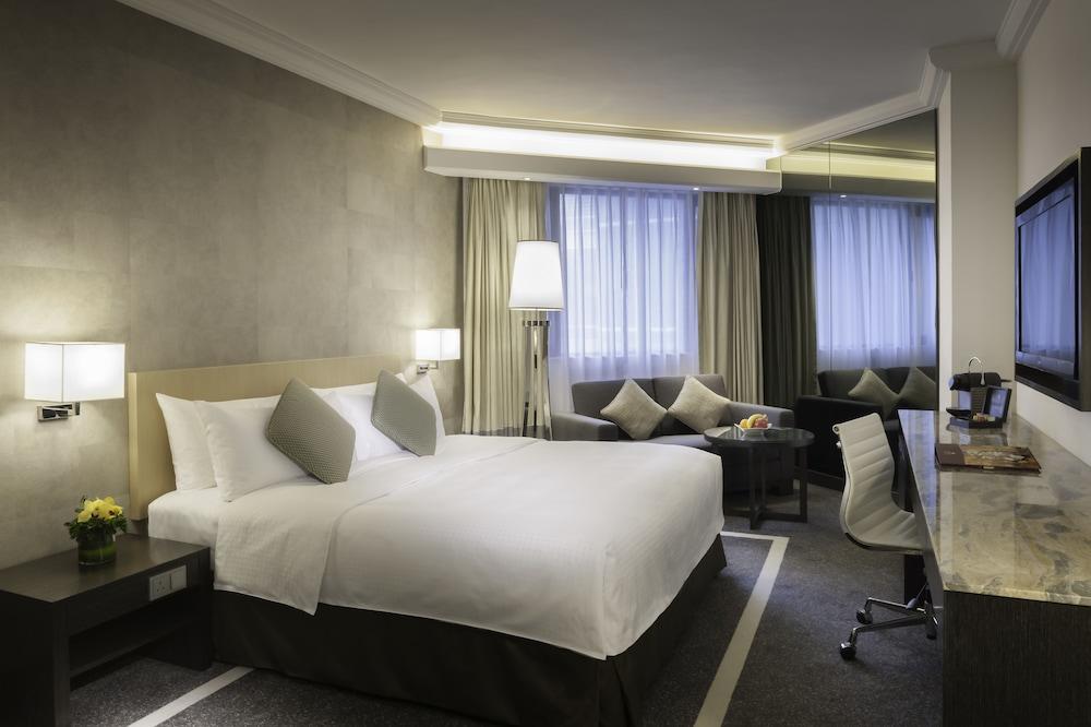Gateway, Marco Polo Hotel