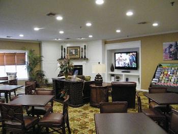 Park Lane Hotel & Suites