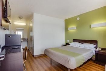 Motel 6 El Paso West - Guestroom  - #0