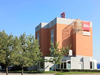 tarifs reservation hotels ibis Lyon Sud Chasse Sur Rhone