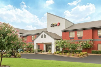 Super 8 by Wyndham Southaven in Southaven, Mississippi