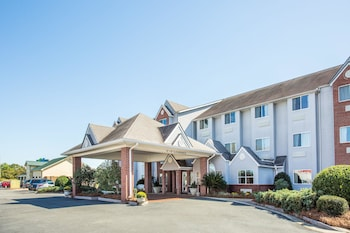 Photo for Microtel Inn & Suites by Wyndham Tifton in Tifton, Georgia