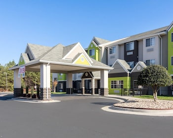 Photo for Quality Inn & Suites in Ashland, Virginia