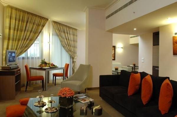 Regency Palace Hotel