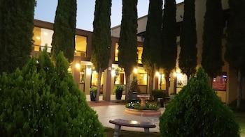 Mariposa Hotel