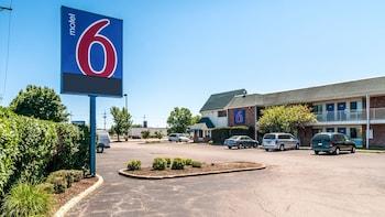 Motel 6 Chicago - Elk Grove - Featured Image  - #0