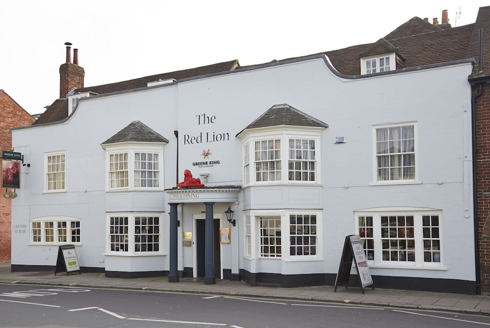 Red Lion Hotel by Greene King Inns