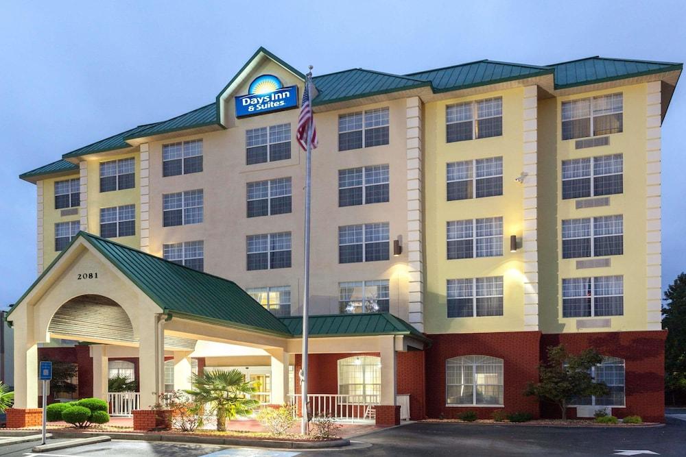Days Inn & Suites by Wyndham Tucker/Northlake