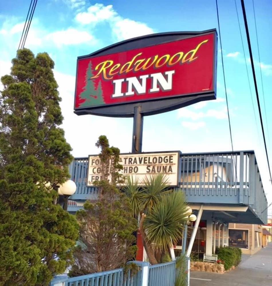 Redwood Inn