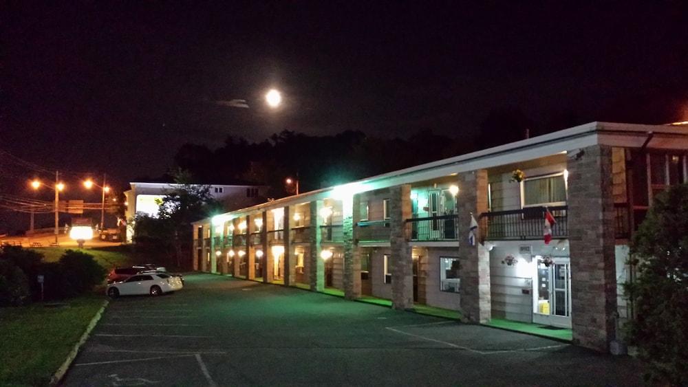 Wedgewood Motel