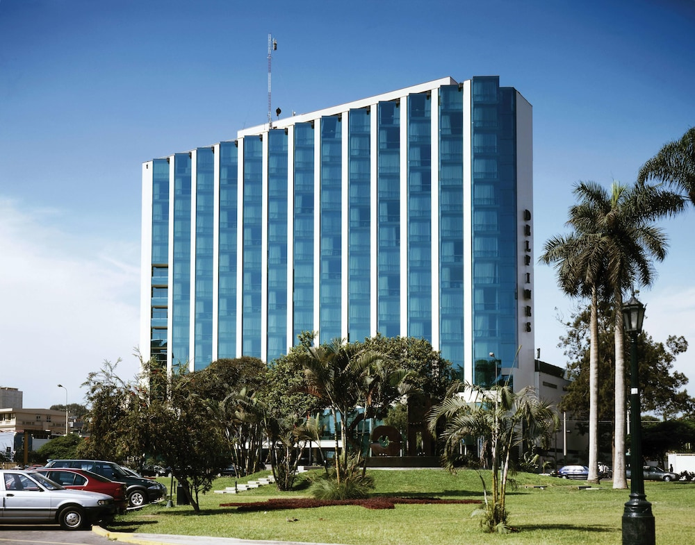Delfines Hotel & Convention Center