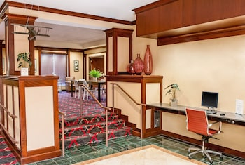 Four Points by Sheraton Boston Logan Airport - Featured Image  - #0