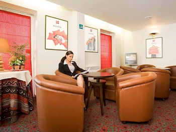 tarifs reservation hotels ibis Le Bourget