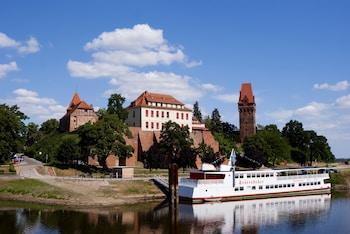 Ringhotel Schloss Tangermuende - Aerial View  - #0