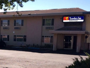 Travelers Inn Medford
