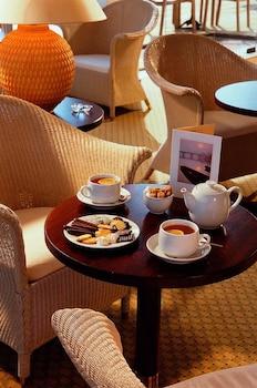 Mercure Nevers Pont de Loire - Hotel Bar  - #0