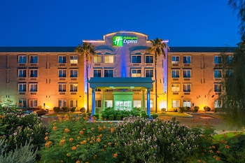 Holiday Inn Express Hotel & Suites PEORIA NORTH - GLENDALE