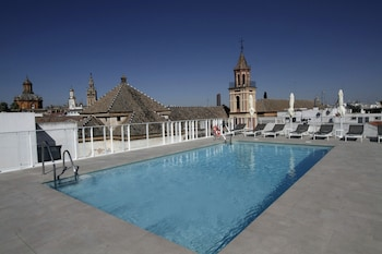 Sevilha: CityBreak no Hotel Fernando III desde 98,53€