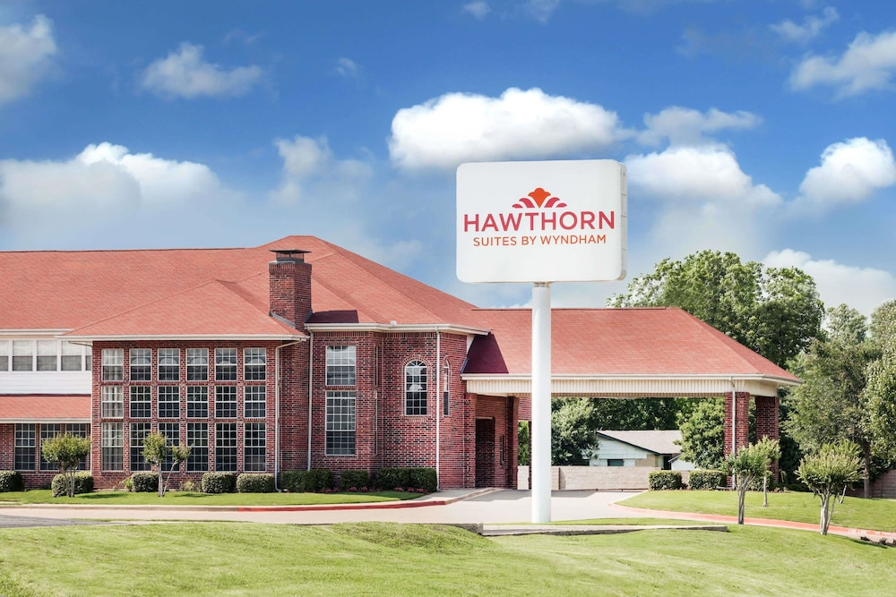 Hawthorn Suites by Wyndham Irving DFW South
