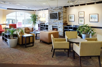 Four Points by Sheraton Halifax - Lobby Sitting Area  - #0