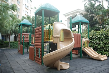 Oakwood Gold Arch Residence Guangzhou - Childrens Play Area - Outdoor  - #0