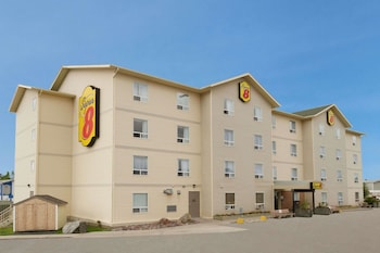 Super 8 by Wyndham Yellowknife