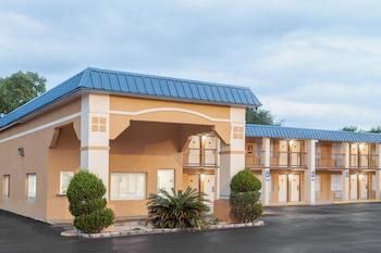 Super 8 Port Royal/Beaufort - Hotel Front  - #0