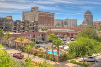 Travelodge Fresno Convention Center Area