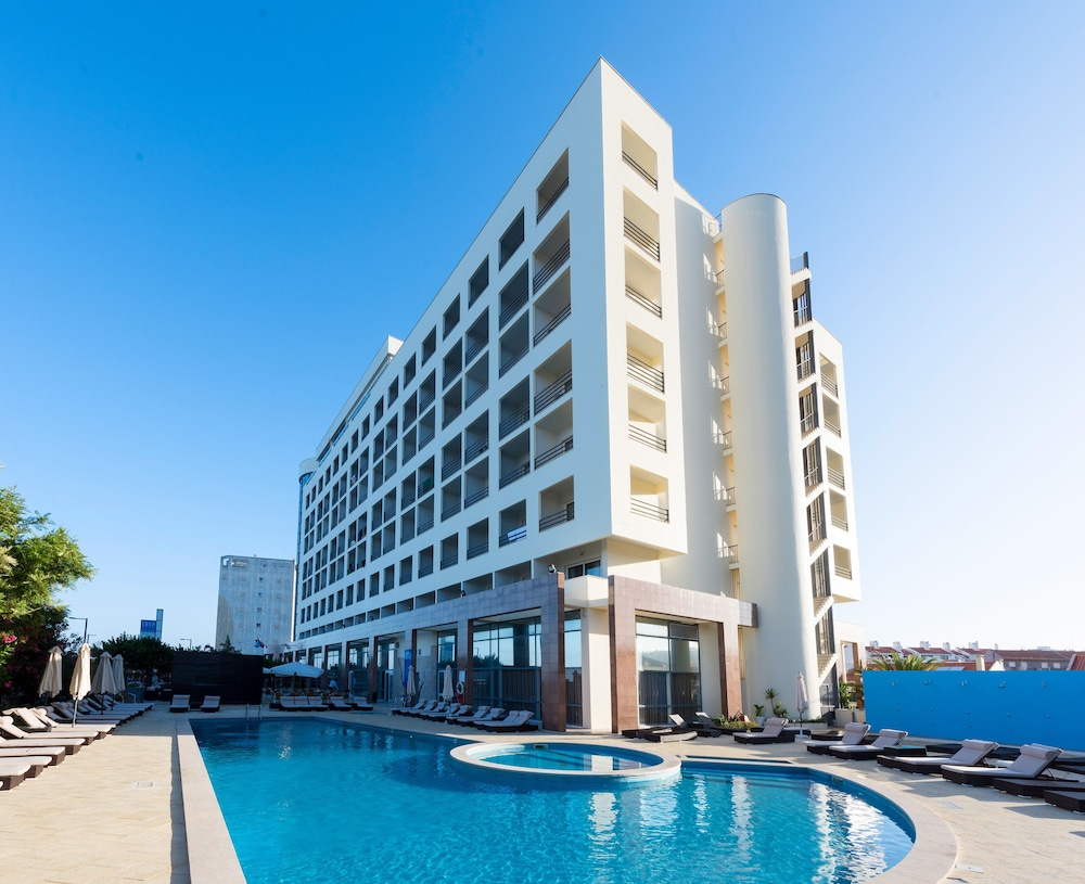 TRYP Lisboa Caparica Mar Hotel