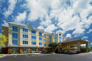 Comfort Suites Near Universal Orlando Resort