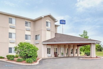 Photo for Baymont by Wyndham Howell/Brighton in Howell, Michigan
