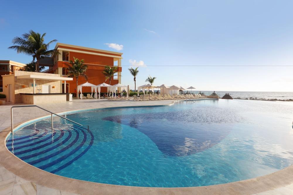 Luxury Bahia Principe Akumal - All Inclusive