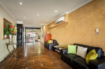 Best Western Northbridge Apartments