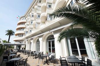tarifs reservation hotels Hôtel Le Grand Pavois