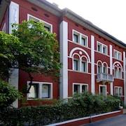 潘諾尼亞別墅飯店
